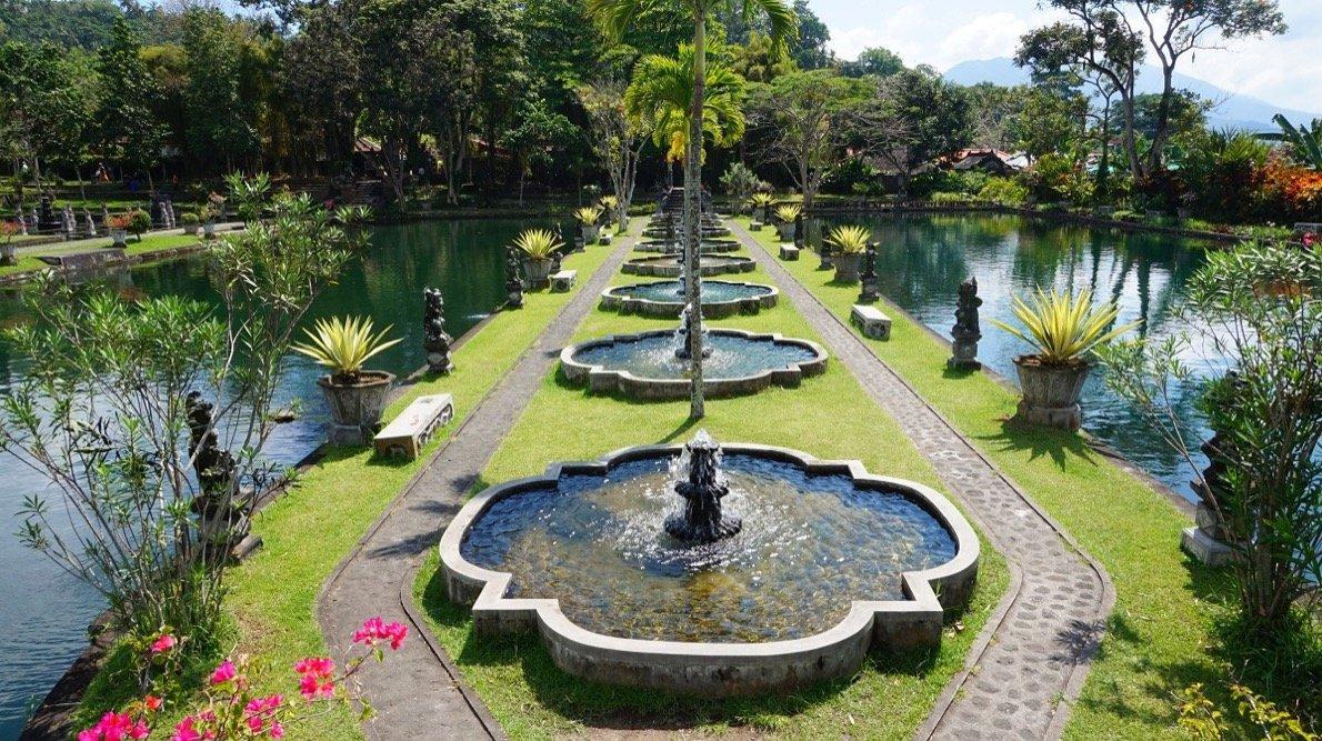 Tirtagangga, Bali