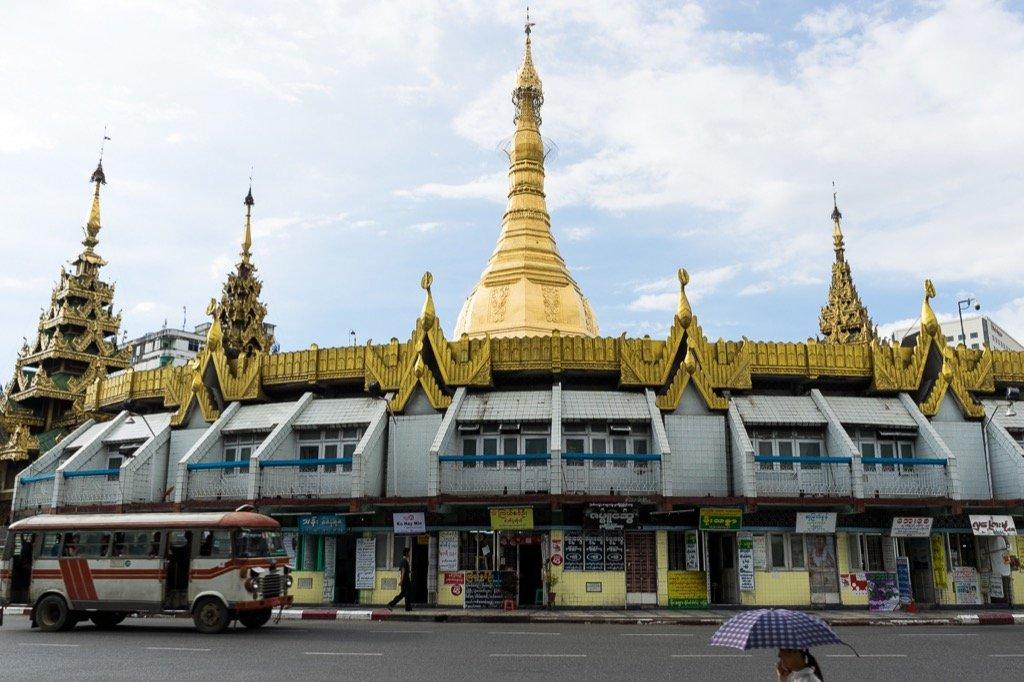 Sule Pagoda