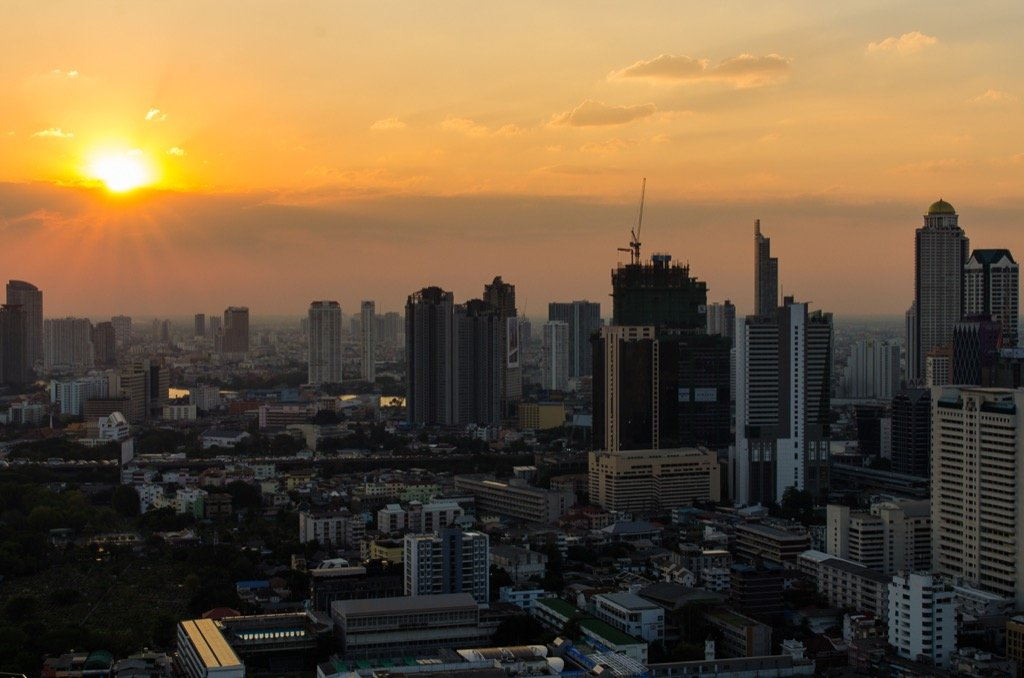 Rooftop bar –Bangkok, Zoom Bar Anantara Hotel